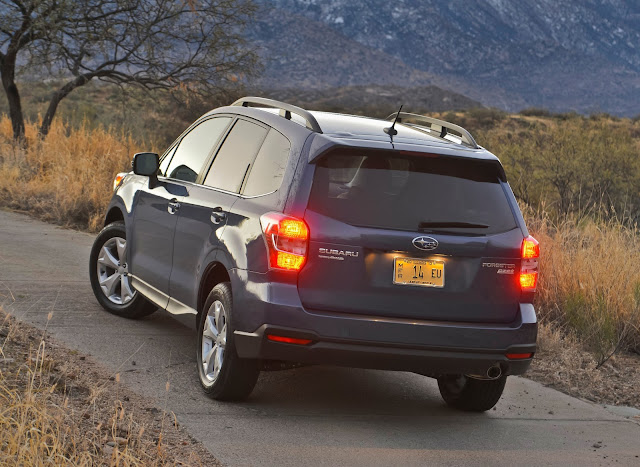 Rear 3/4 view of the 2014 Subaru Forester