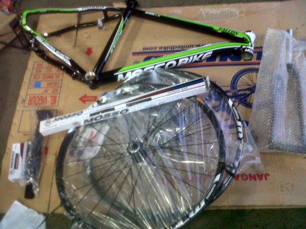 Merakit Sepeda Mtb-Hardtail1