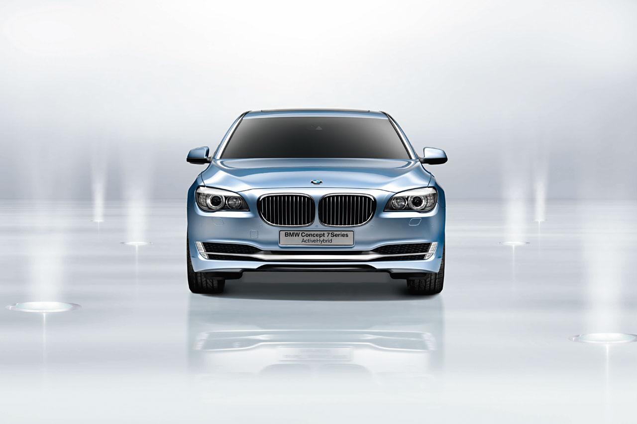 http://2.bp.blogspot.com/-3u918KxiLIQ/TbJwJvt2vGI/AAAAAAAAE0Y/dUR67t7wGfk/s1600/BMW+7+Series+Wallpaper+%252825%2529.jpg