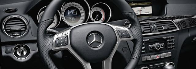 Mercedes-Benz C200 CGI BlueEFFICIENCY 1.8 AT 2012