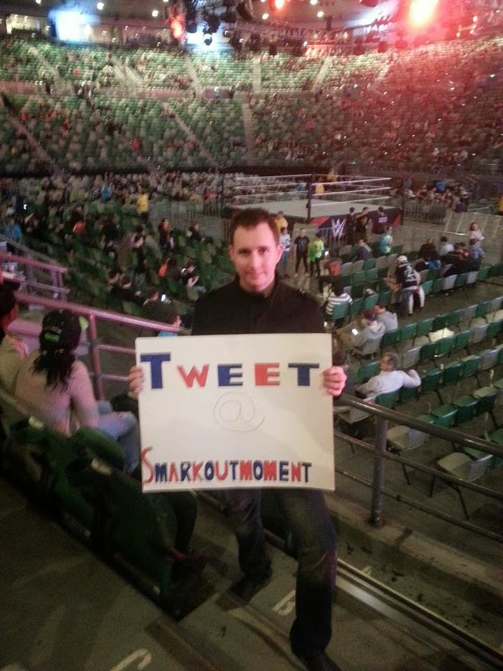 fan holding wrestling crowd sign Australia Melbourne