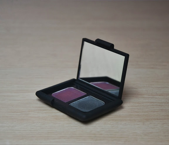 Review: Nars Eyeshadow Duo in Eurydice