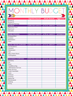 Free Printable Monthly Budget Checklist | A series of over 30 free organizational printables from ishouldbemoppingthefloor.com | Three Designs & Instant Downloads