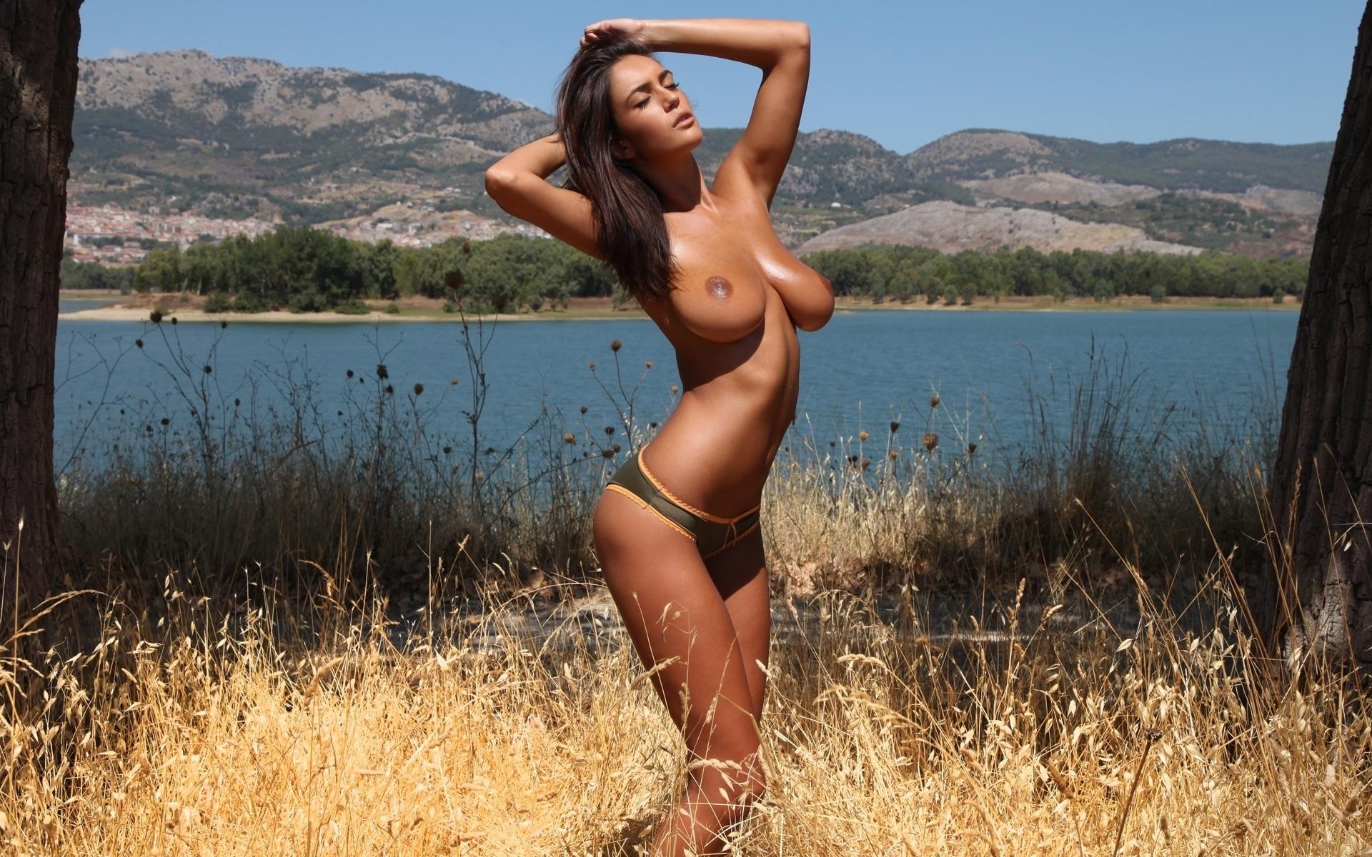 Шикарная брюнетка фигура порно 23 фотография