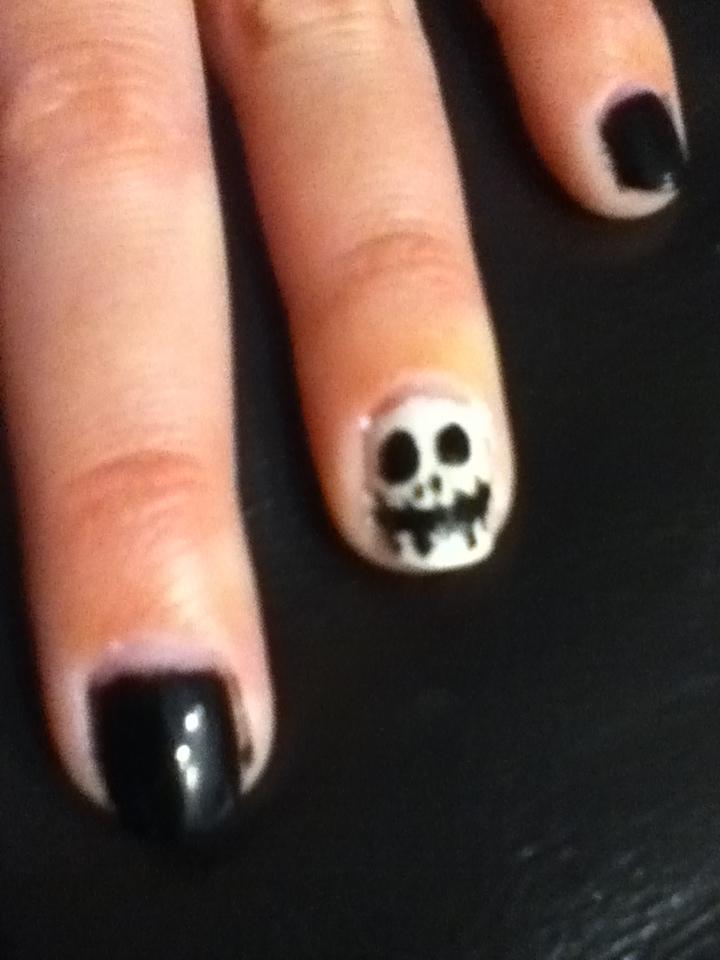 Sunshine in Autumn: Jack Skellington Halloween nails