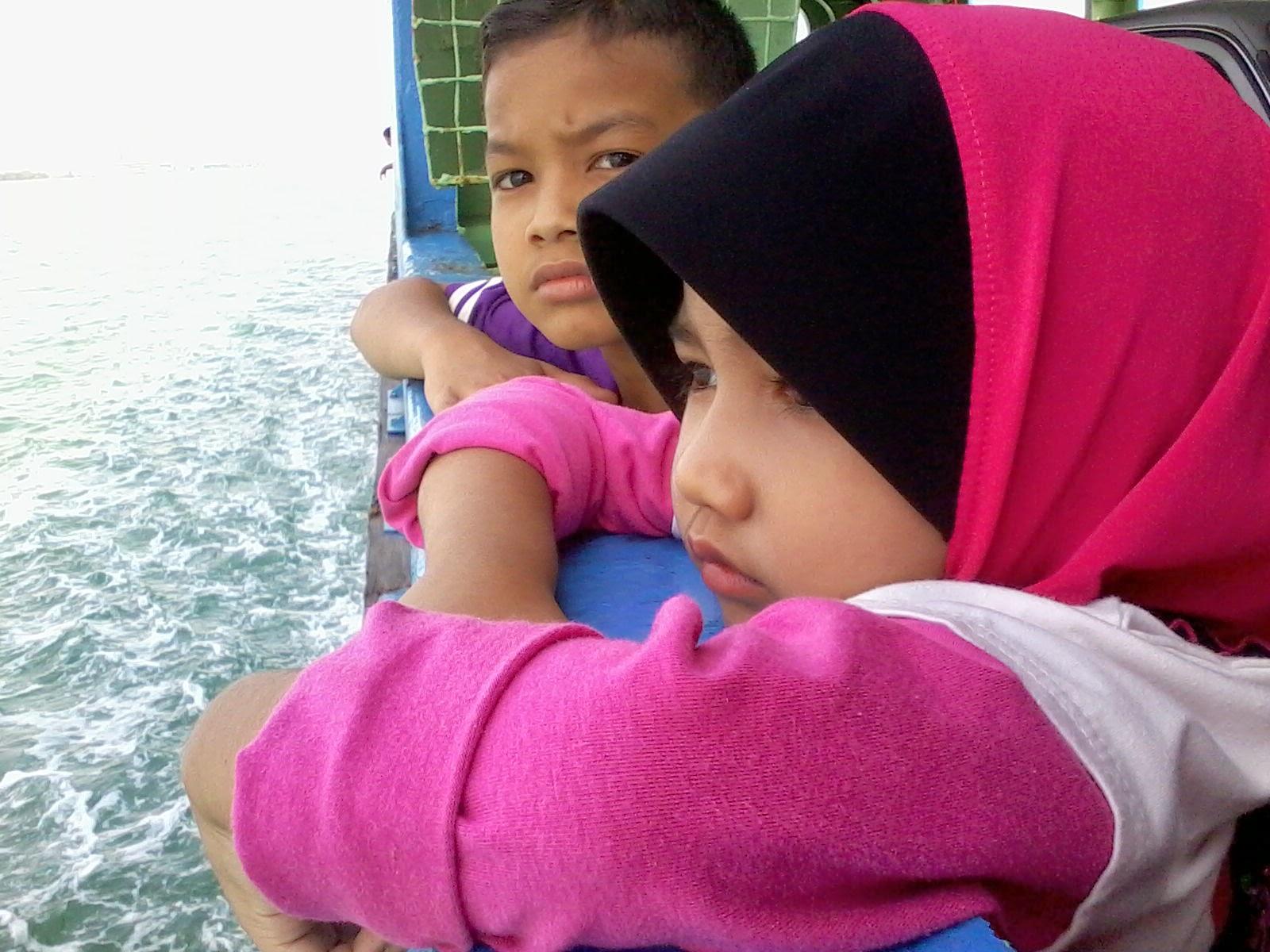 teruja,awesome,anak saudara,ferry penang island