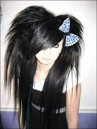 girl hairstyles emo. long black hair emo