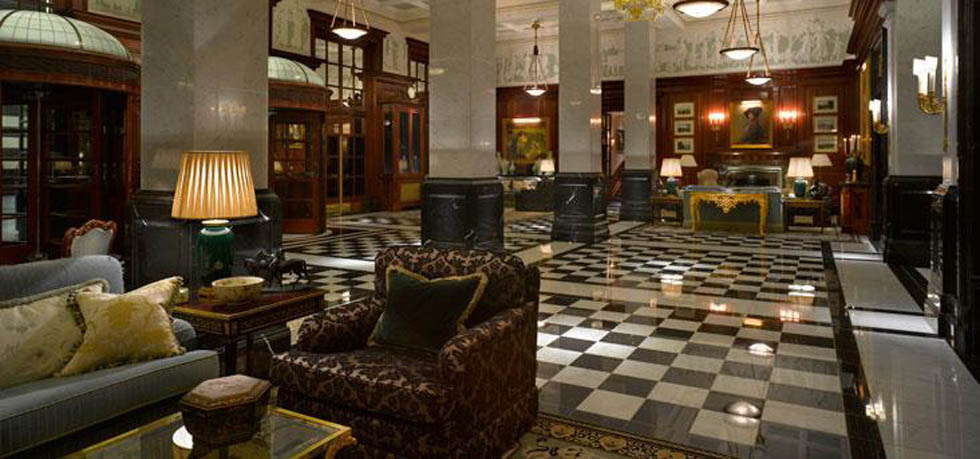 As you enter the Savoy through the revolving doors you find yourself in the front hall. Standing with your back to the doors to your right is a desk where ... & Morten goes Modernist: Staying at the Savoy - A quick overview of ...