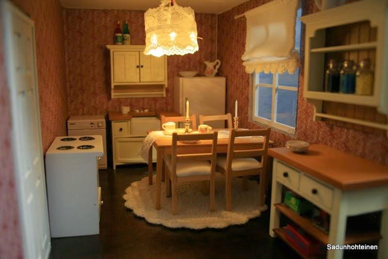 Sadunhohteinen Nukkekodin keittiö