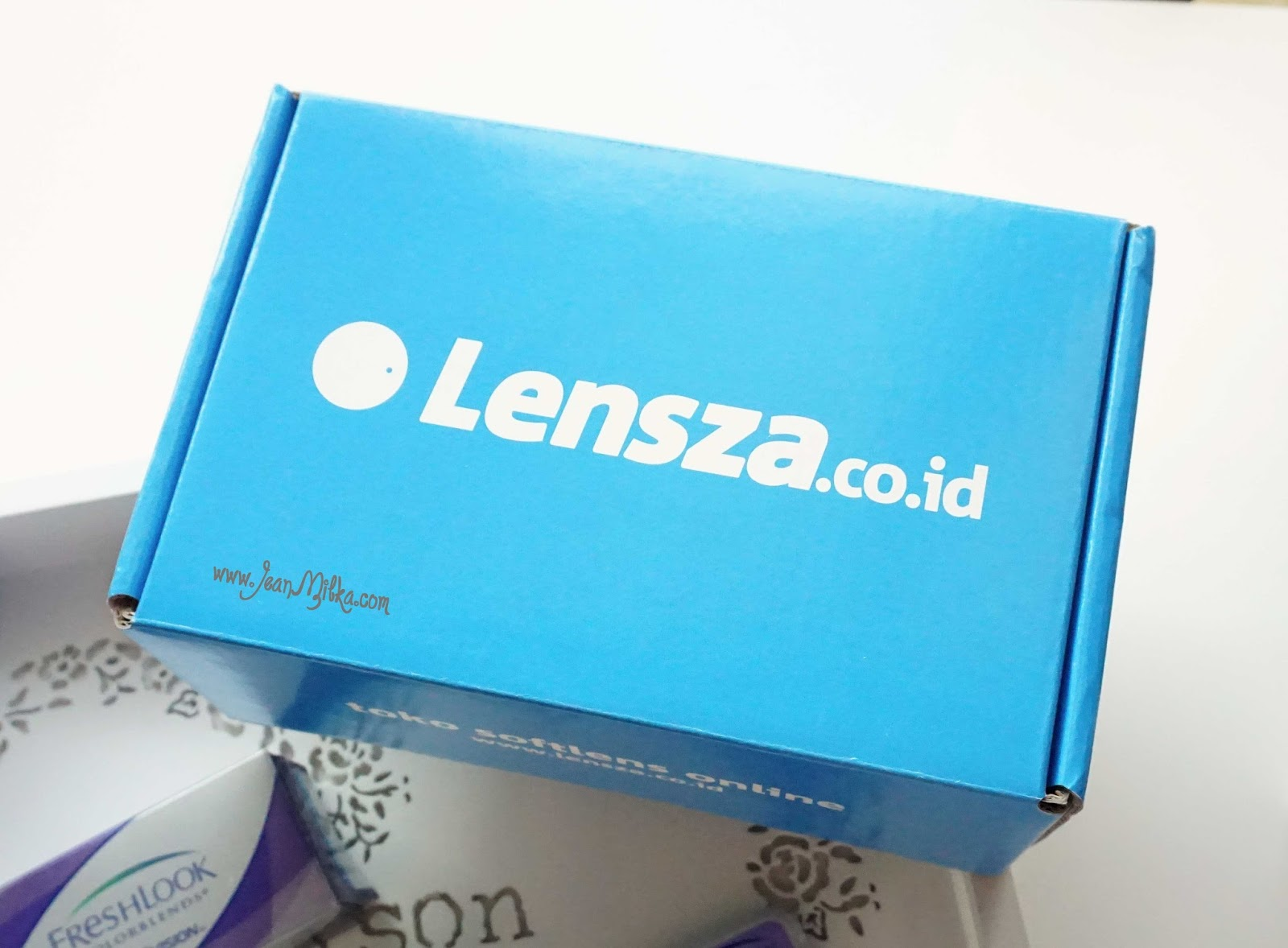 Meet Your Softlens Needs With Lensza Jean Milka Acuvue 2 Makes It Easier For You Who Use Contact Lens In Daily Basic To Easily Get Sells A Wide Variaty Of Like