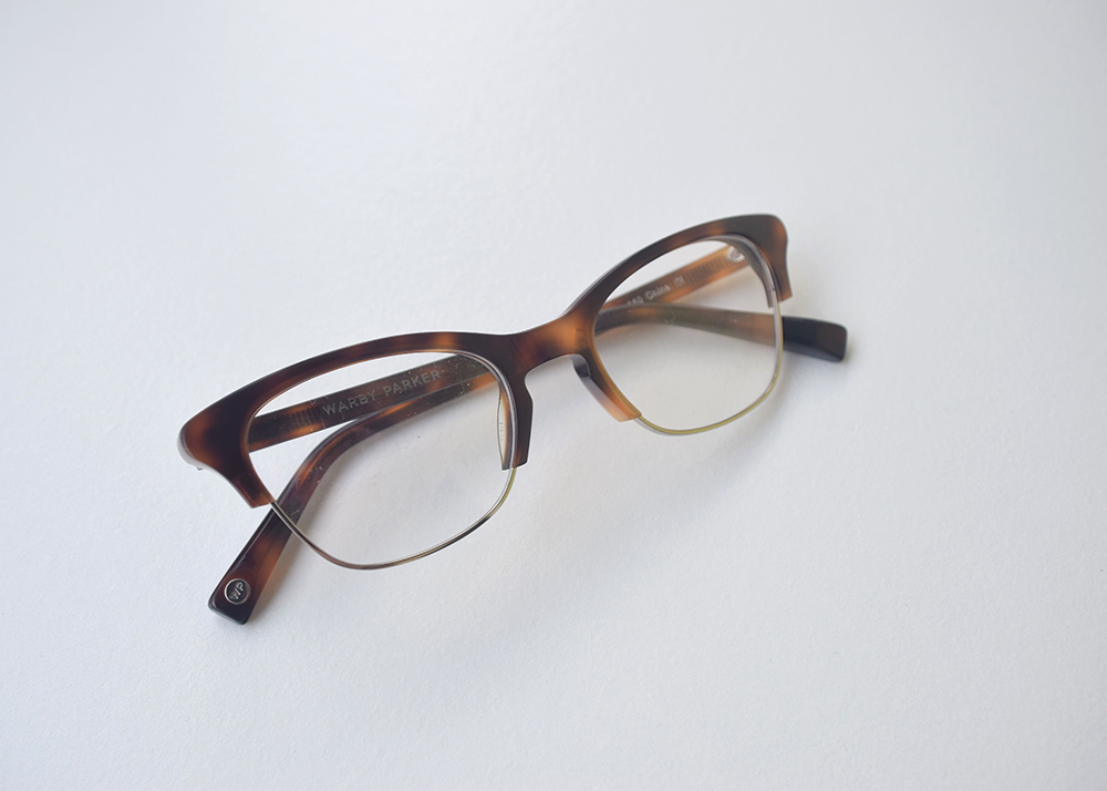 Warby Parker Home Try-On Holcomb in Oak Barrel