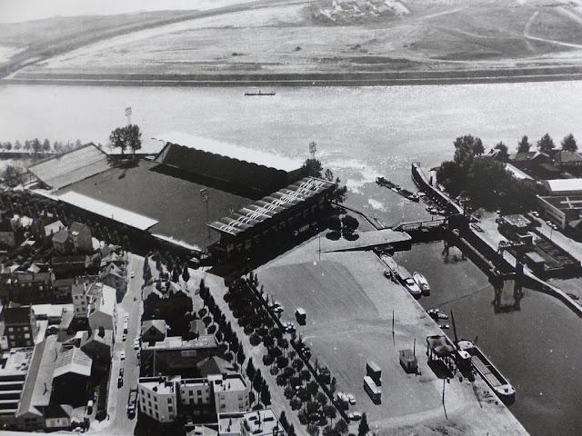 Nantes la ville d 39 apr s guerre nantes stade marcel saupin for Construction piscine nantes
