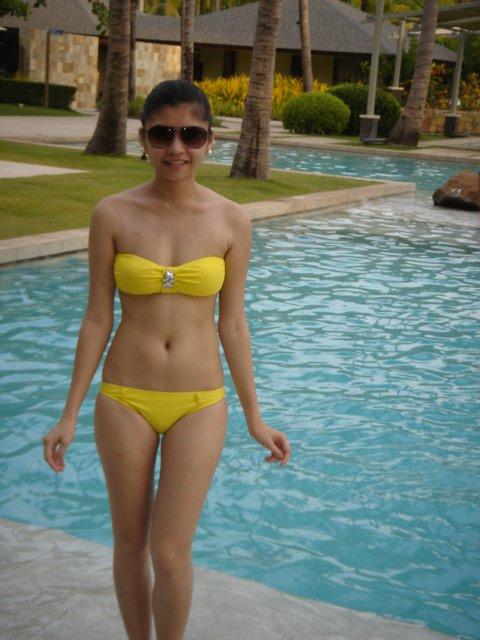sexy asian in beach bikini 01