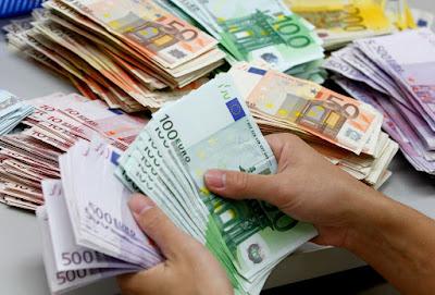 Επίδομα 10.000 ευρώ και 450 κάθε μήνα