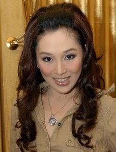Jasi Michelle asal Menado jadi pemenang Miss Celebrity ...