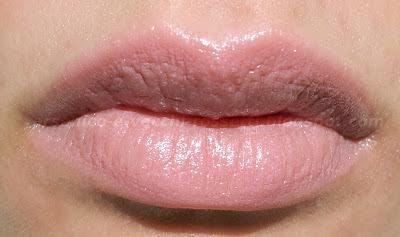 L'Oréal Rossetto Color Riche Siero Anti-Età #S106 Freshly Rosy swatch