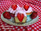 Epres muffin eperhabbal 2, egy újabb nagyon finom epres sütemény.