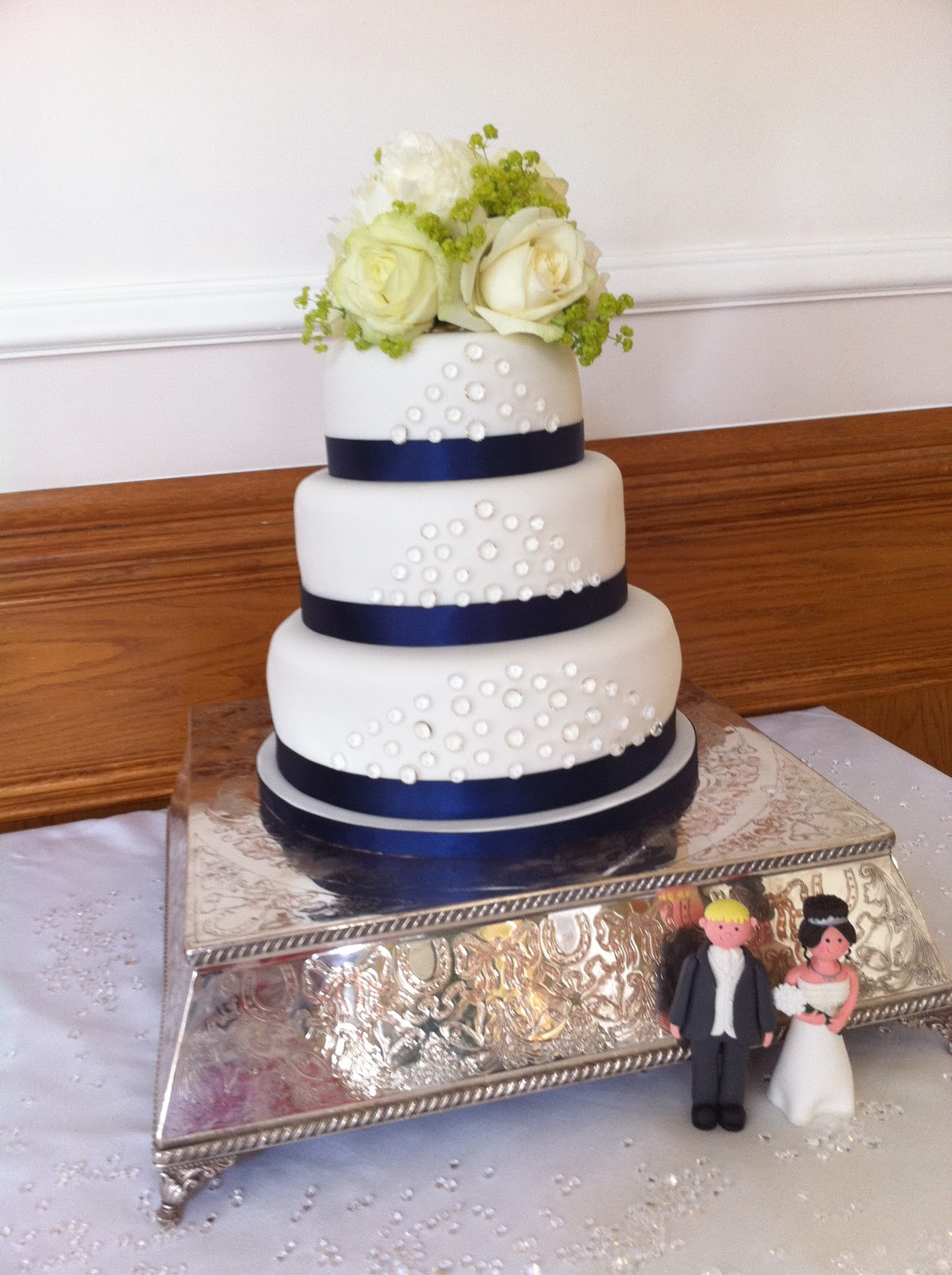 All Of The Above Designs Can Be Made For You By Janet At Delicakes Book A Design Taste Session Email Today Wedding Cakes Should Booked 6 Months In