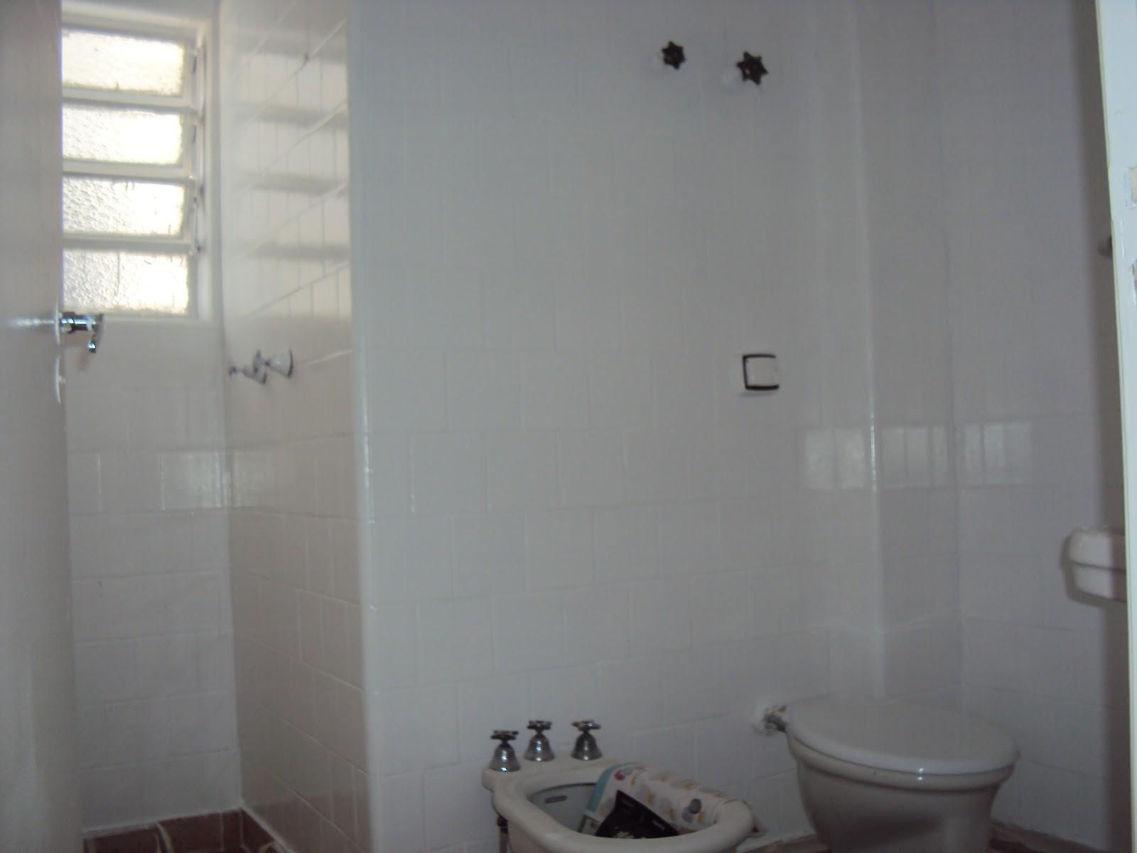 sifão antigo foi embora! Troquei por este cromado mais  #5C6F6F 1600x1200 Banheiro Azulejo Ou Tinta