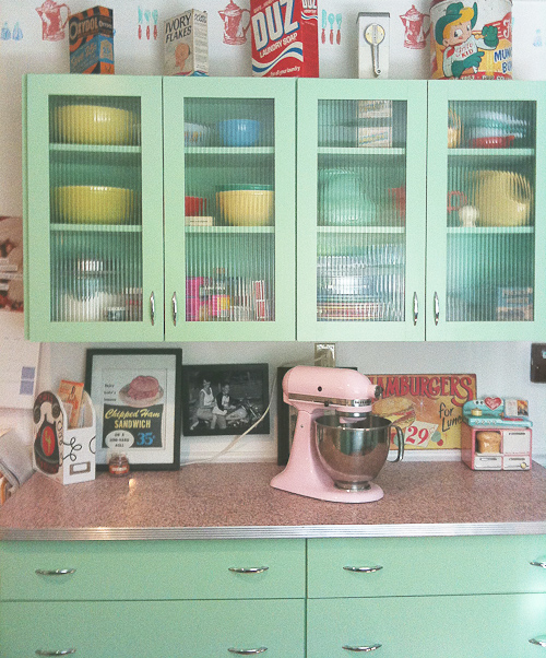 Mint Green Kitchen: Oh So Lovely Vintage: Time Capsule Homes