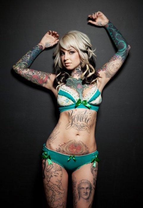 blonde girl,sexy tatooed woman,tattoo,tattoo ideas ,tattoo desing