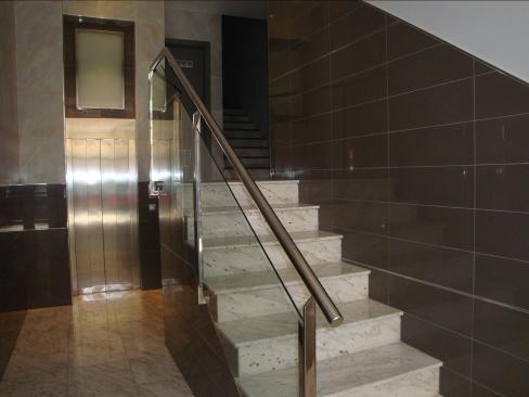 Pcmponent barandilla escalera 01 for Escaleras de viviendas