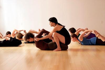 hot yoga teacher-expert yoga teacher-yoga trainer