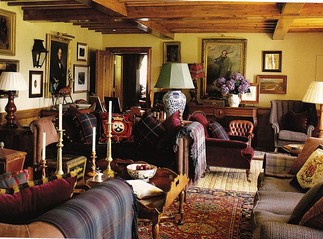 Photo Of English Drawing Room