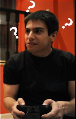 Un tipo guapísimo hablando de videojuegos