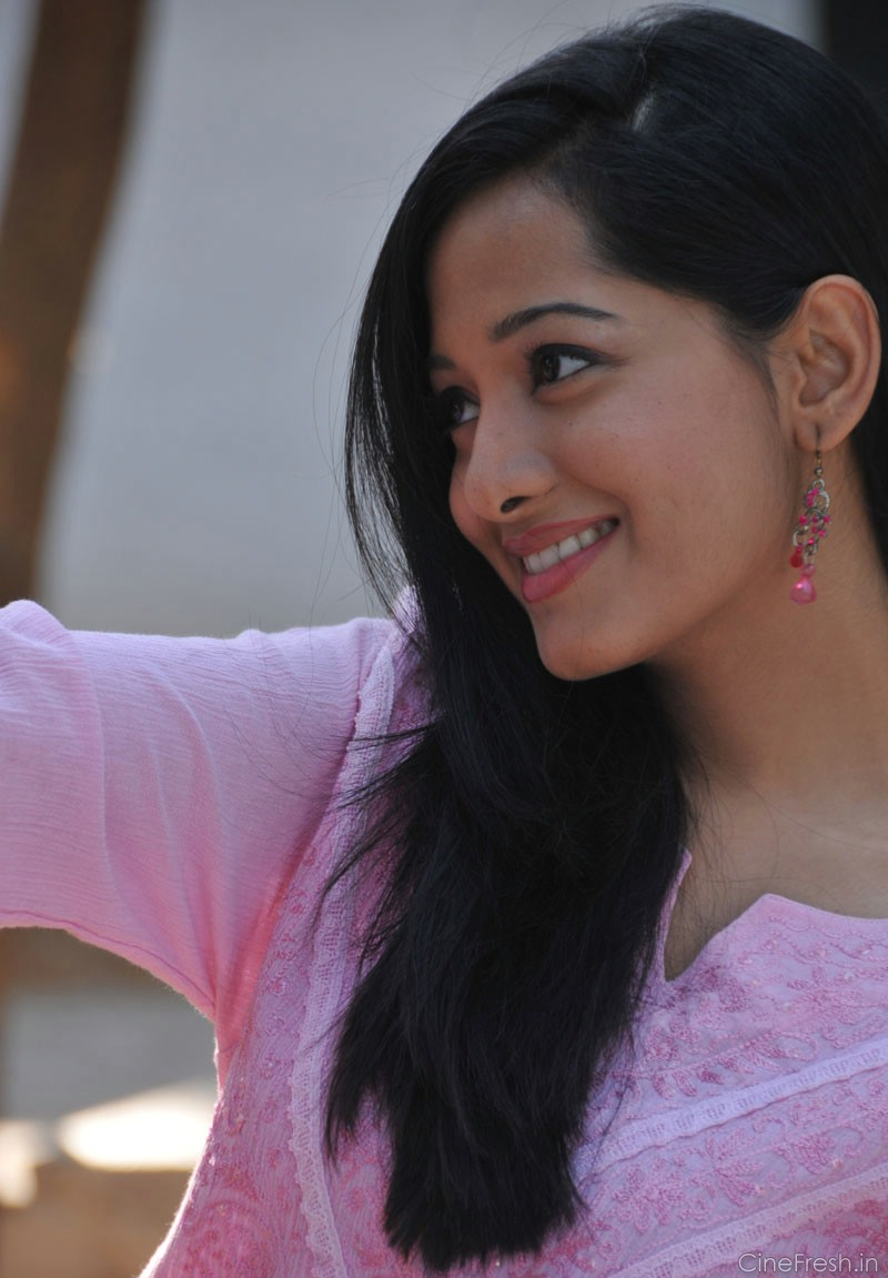 Actress Preetika Rao Hot Sexy Wet Cute Spicy Unseen Rare