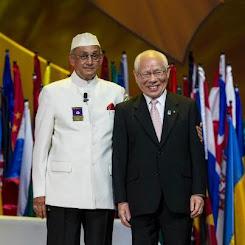 Kalyan Banerjee y Sakuji Tanaka