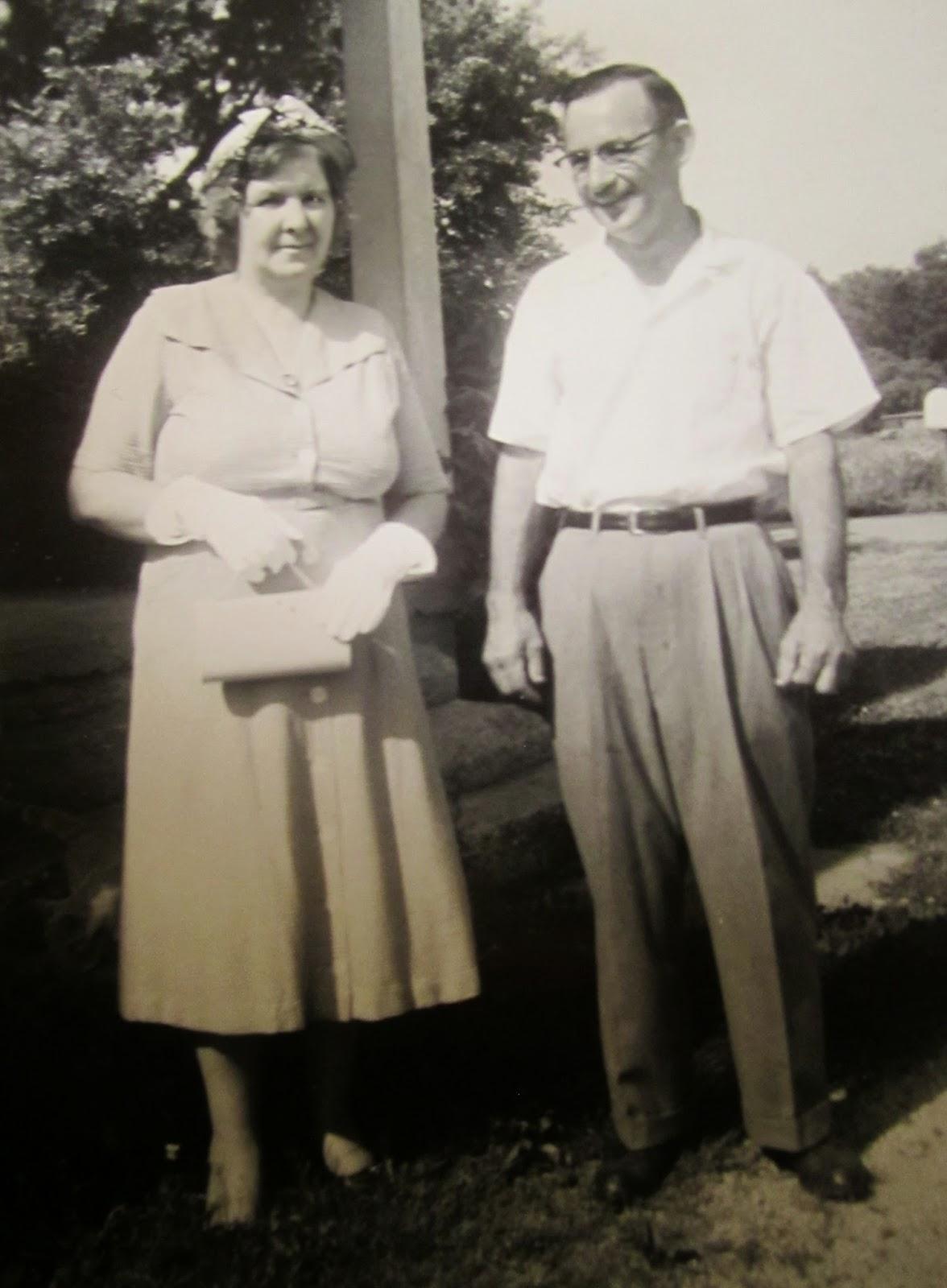 "Climbing My Family Tree: Anna Mae (Bennett) & Owen ""Carl"" Henn - early to mid 1950's"