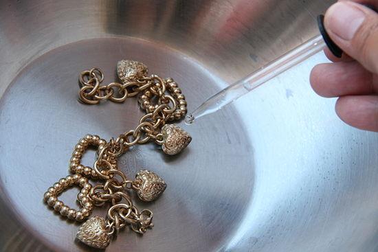 Как в домашних проверить золото на подлинность в домашних условиях