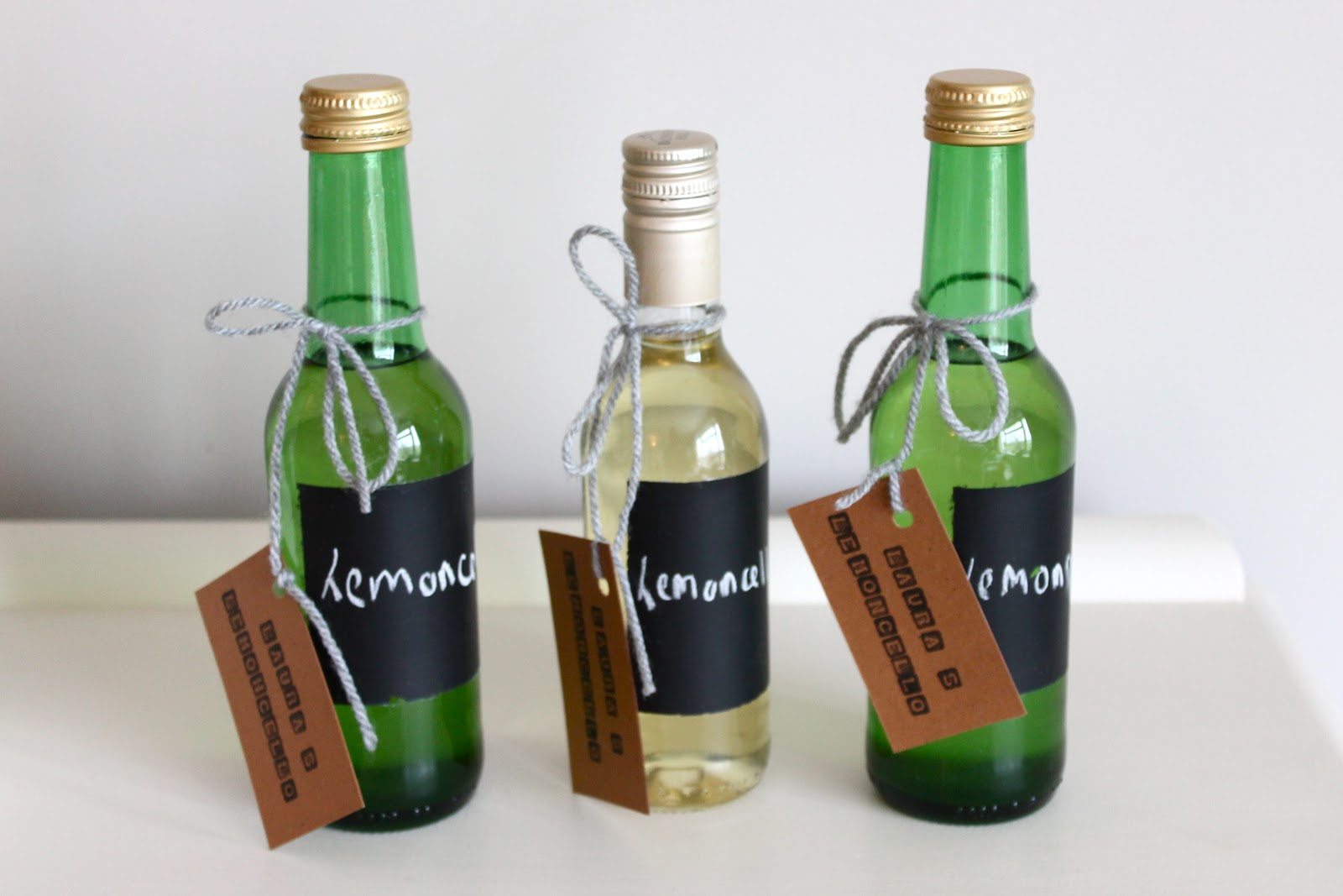 Second in my DIY Gift Ideas series is homemade limoncello! Yes I spelt ...