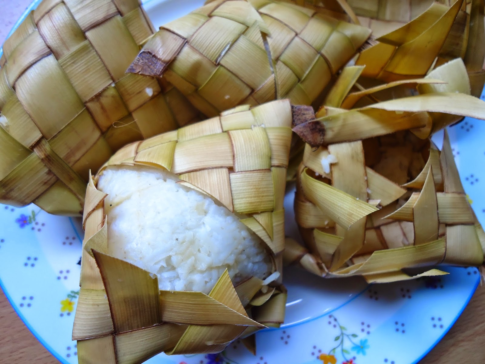 puso or rice cooked in a pouch made of woven coconut leaves