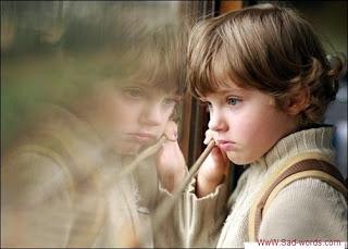 صورة طفل حزين جدا