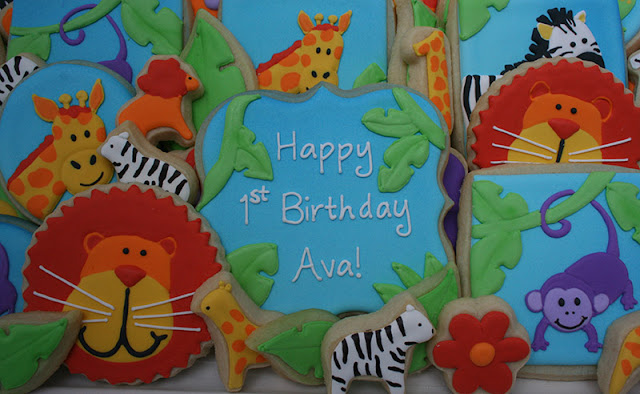 Jungle-themed 1st birthday party cookies