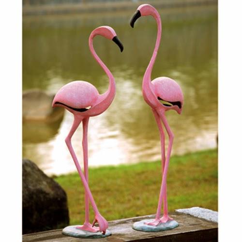 https://www.landngarden.com/Pink_Flamingos_Sculptures_p/spi-ds-4.htm