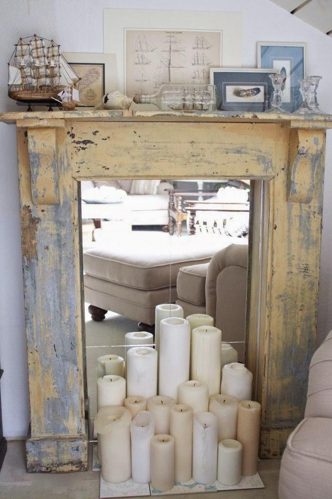 chimenea simulada con embocadura y velas para decorar