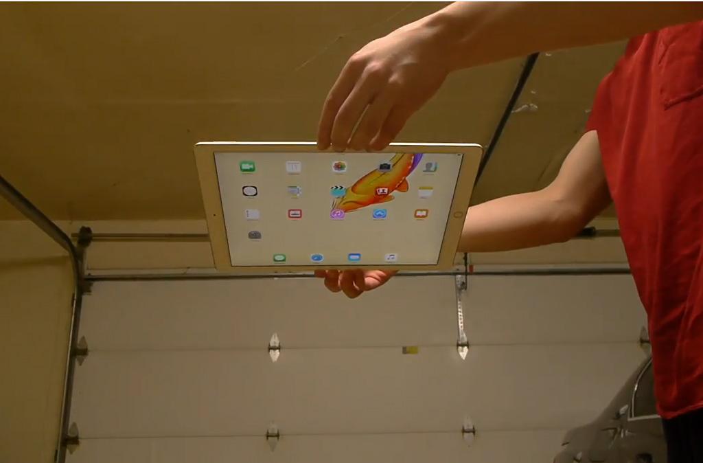 12.9 吋螢幕 iPad Pro 經的起摔?實測影片分享