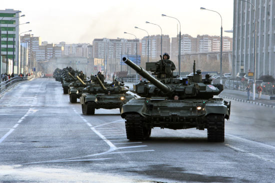 t-90A_guard_parad_+9+may_moscow_2011.jpg