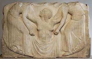 Trono Ludovisi. Escultura griega en periodo clasico. Grecia. Turismo en Grecia