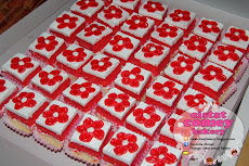 Strawberry Slice Cake 36pcs