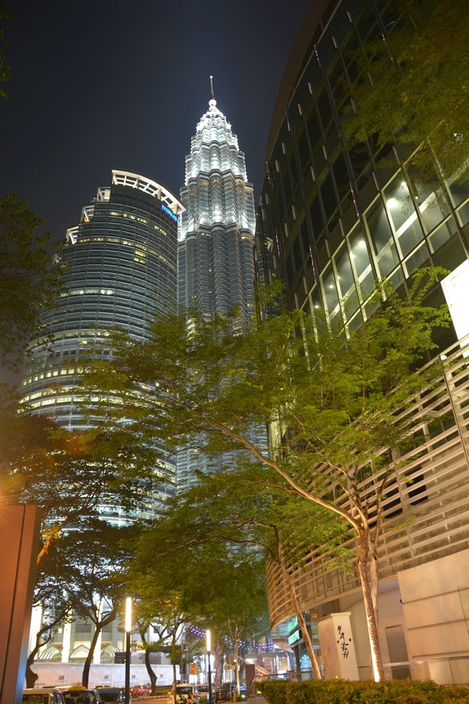 Kuala Lumpur by night Petronas