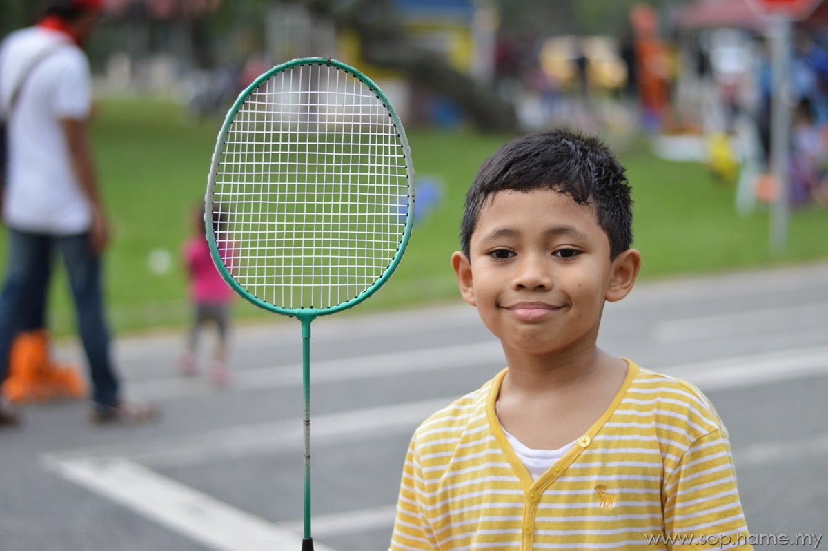 Jom bermain badminton di Tasik Titiwangsa