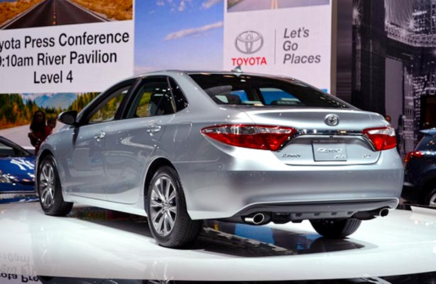 toyota camry pictures and prices