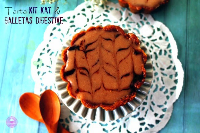 Foto de la tarta kit kat caramelo salado y galletas digestive degustabox