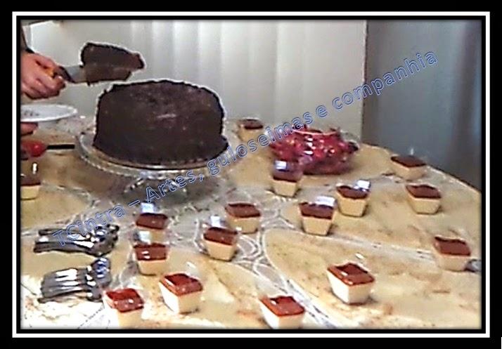 MOUSSE DE CHOCOLATE; GANACHE; RECHEIO DE CHOCOLATE; FESTA; BOLO DE ANIVERSÁRIO; LANCHE