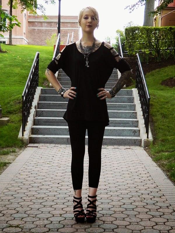 goth style blogger - raivyn dk