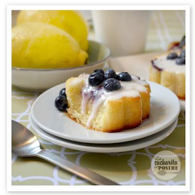 Bizcochitos De Limón Y Arándanos / Blueberry And Lemon Small Sponge Cakes